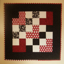 "Red & Black Valentine Mini Wall Quilt, Machine Quilted 21.5"" x 21.5"""