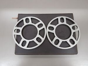 1 Pair of 2 x 8mm 5 hole Wheel Spacers Alloy Spacer