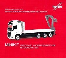 HERPA MINIKIT 1:87/H0 Volvo FH Gl. 4-achs Flachbett-Lkw m. Kran, Bausatz #013154