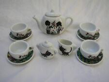 Collectible jip & janneke picnic basket tea set