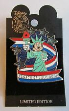 Disney Minnie Mouse Statue of Liberty Light Up Pin