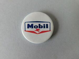 Mobil Pin Badge Vintage Original