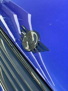 Brand New Genuine MINI F55 F56 F57 Piano Black Front Wing Badge 51142465241