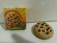 Avon vintage Chocolate Chiplock lip gloss compact chip cookie smell NOS