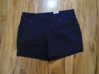 Women's I.N.C. International Concepts Core Shorts...Size: 18W  NWT
