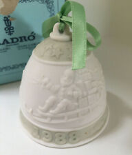 Lladro Christmas Bell 1988 - Santa in Sleigh - w/ Box and Ribbon Green/White