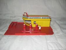 1960's Matchbox Mg-1 Garage Lot with Yellow/Red Station & Red Esso Gas Pumps