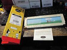Hallmark Peanuts Gallery Hanging On! Figurine Qpc4014 Limted Edit 00004000 Ion Litho