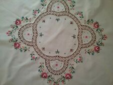 VINTAGE EMBROIDERED SMALL TABLECLOTH