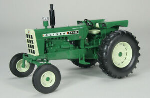 Model tractor Crew Agricultural SpecCast Oliver 1750 Diesel Wide Front 1:1