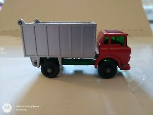 MATCHBOX-LESNEY-#26C-GMC TIPPER TRUCK-1968-OOB- NEVER PLAYED/USED