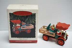 Hallmark Keepsake Ornament ~ Happy Haul-idays ~ 15th in Here Comes Santa ~ 1993