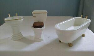 Dolls house bathroom- Bath, Sink And Toilet