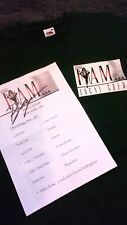 Beyonce. Crew T shirt . Autographe. Tour Day sheet.