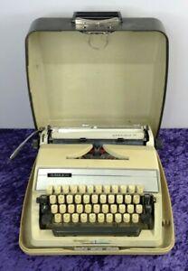 Vintage Gabriele 25 Cream Typewriter In Carry Case