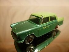 LESNEY 29 AUSTIN A55 CAMBRIDGE - TWO TONE GREEN - GOOD CONDITION