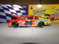 1/24 JEFF GORDON #24 DUPONT / NASCAR RACERS  1999  ACTION NASCAR DIECAST
