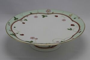 Wedgwood Wild Strawberry Bone China Made In England Cake Plate Stand Collectable