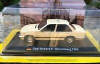 "DIE CAST "" OPEL REKORD E - NUREMBERG 1980 "" 1/43 TAXI COLLECTION SCALA 1/43"