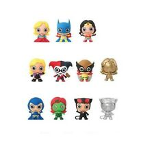 Women of DC Comics - Mystery 3D Foam Collectible Keychains