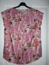 BODEN VITA PLEAT FRONT TOP MILKSHAKE WISTERIA UK 16, EUR 42-44, US 12 NWOT WO041