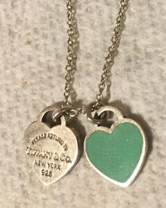 TIFFANY & Co. Return to NY Double Heart Necklace Blue Pendant Charm 925 Silver A