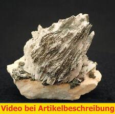 5867 Baryt UV weiß Chalkopyrit etc Dreislar Sauerland Deutschland MOVIE