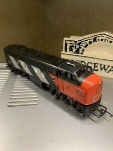 Tri-ang R0551 Canadian National Class F7 4008 Mint Condition Great Runner!