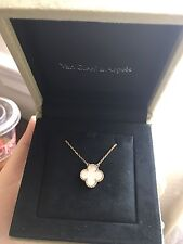 New! 100%Auth VCA Van Cleef & Arpels Vintage Mother of Pearl Alhambra Necklace