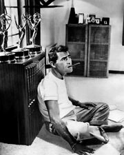 THE TWILIGHT ZONE ROD SERLING SITTING ON OFFICE FLOOR WITH CIGAR AWARDS PHOTO