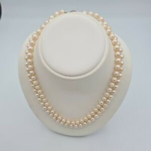 Beautiful vintage freshwater ivory coloured pearls with silver 925 stamped clasp