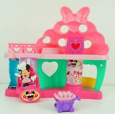 Fisher-Price Disney Junior Minnie Bow-tiful Bake Shop