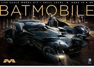 Moebius Models Batman v. Superman: Dawn of Justice Batmobile 1:25 Scale Model Ki