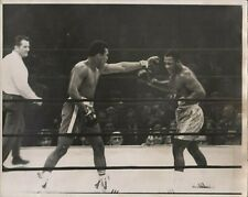 JOE FRAZIER VS MUHAMMAD ALI - Original Vintage Photo - 1971