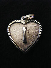 Pendentif Coeur Médaillon en Argent Plaqué  Lettre I 2 cm