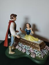 WDCC Snow White and the Seven Dwarfs - A KISS BRINGS LOVE ANEW Prince & Snow