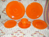 "6 PIECE ""RADIOACTIVE RED"" FIESTA PLACE SETTING-FIESTAWARE                 - v24"
