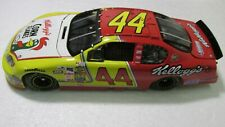 Team Caliber Terry Labonte #44 Corn Flakes 2005 Chevrolet 1:24 Scale Diecast