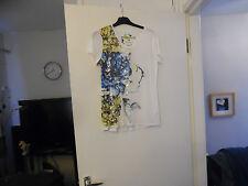 EMBELLISHED FLORAL- PRINT T-SHIRT BY KAREN MILLEN RRP-£65.00