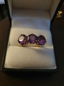9ct gold amethyst cluster ring fully hallmarked