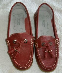 Ladies size 4 leather moccasins/loafers