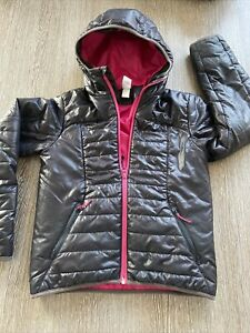 GIRLS QUECHUA BLACK PADDED JACKET AGE 12 Great For School