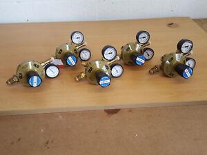 Lote De 5 GCE Varias Etapas Oxígeno Gas Reguladores 300bar 10bar E3CF Lab