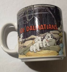 Vintage Disney 101 Dalmations Collector Mug Puppys in Barn Black Interior 1980