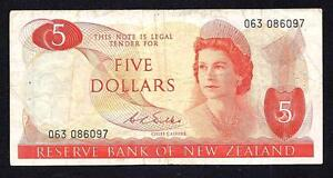New Zealand 5 Dollars ND P-165b  1968 - 1975