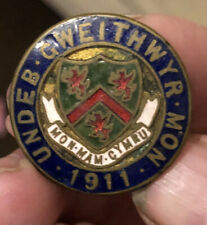 More details for 1911 workers union welsh badge enamelled undeb gweithwyr mon pre ww1