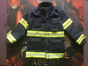 Virtual Toys The Dark Zone Renegade Blue Jacket loose 1/6th scale