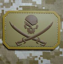 PVC PIRATE SKULL & SWORDS 3D PVC FLAG US USA ARMY MILITARY DESERT HOOK PATCH