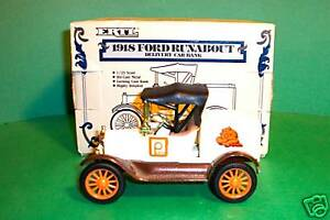 FORD RUNABOUT  ERTL 1918 FORD RUNABOUT DIE CAST METAL MIB
