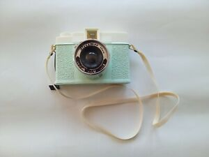 Diana F+ Dreamer Mint Green Camera Lomography Urban Outfitters 120 film